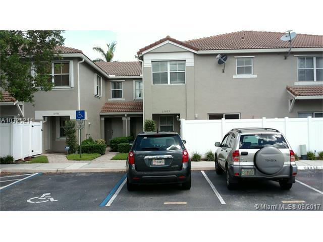 Condo/Townhouse - Miramar, FL (photo 3)
