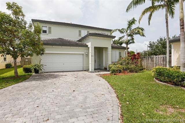 2824 Ne 1st Dr, Homestead, FL - USA (photo 1)