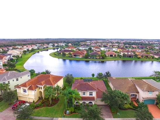 2372 Bellarosa Circle, Royal Palm Beach, FL - USA (photo 4)