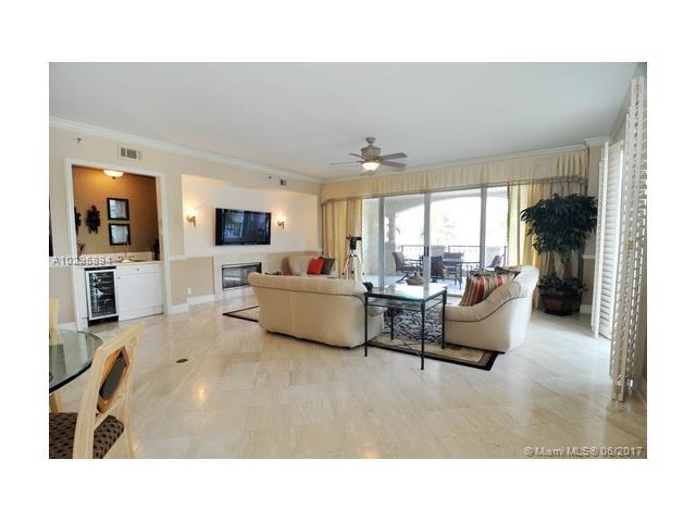 Condo/Townhouse - Miami Beach, FL (photo 2)