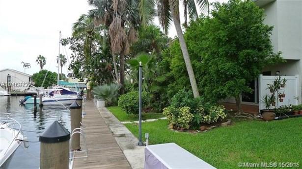 16521 Ne 26th Ave  #3a, North Miami Beach, FL - USA (photo 1)