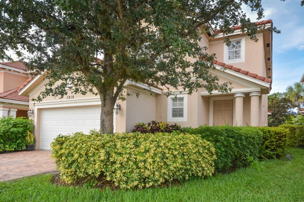 5919 Se Crooked Oak Avenue, Hobe Sound, FL - USA (photo 3)