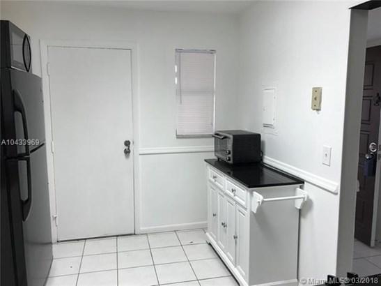6201 N Falls Circle Drive  #113, Lauderhill, FL - USA (photo 5)