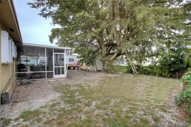 18515 Nw 84th Pl, Hialeah, FL - USA (photo 5)