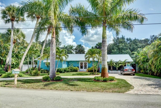 Single-Family Home - Stuart, FL (photo 2)