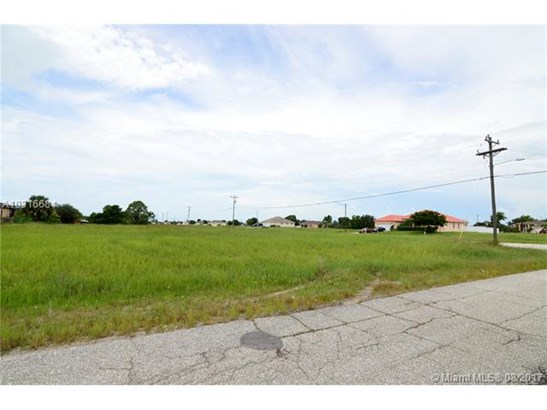 1902 Embers Pkwy, Cape Coral, FL - USA (photo 1)