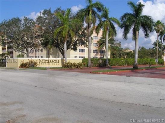 6195 Nw 186th St  #209, Hialeah, FL - USA (photo 1)