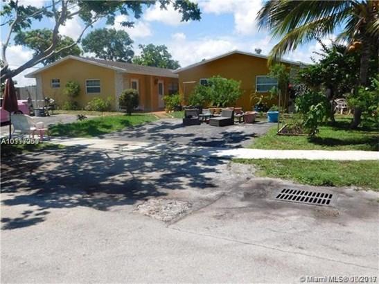 1351 Sw 11th Ave, Deerfield Beach, FL - USA (photo 1)