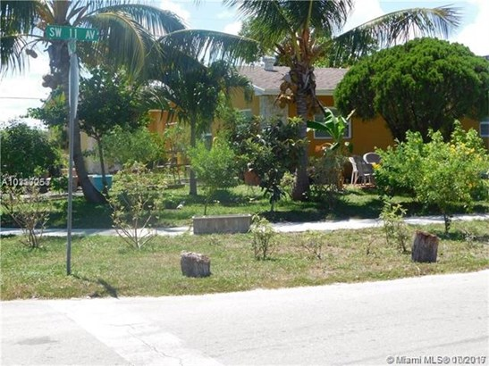 1351 Sw 11th Ave, Deerfield Beach, FL - USA (photo 4)