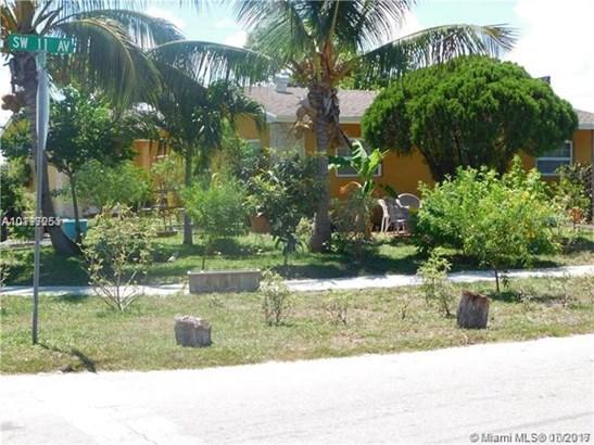 1351 Sw 11th Ave, Deerfield Beach, FL - USA (photo 5)