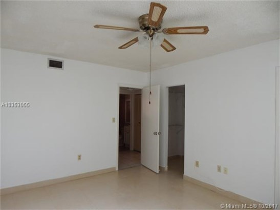 5350 W 21st Ct  #102, Hialeah, FL - USA (photo 3)