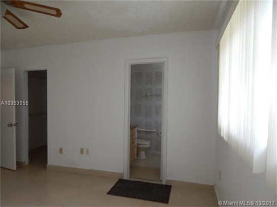 5350 W 21st Ct  #102, Hialeah, FL - USA (photo 4)