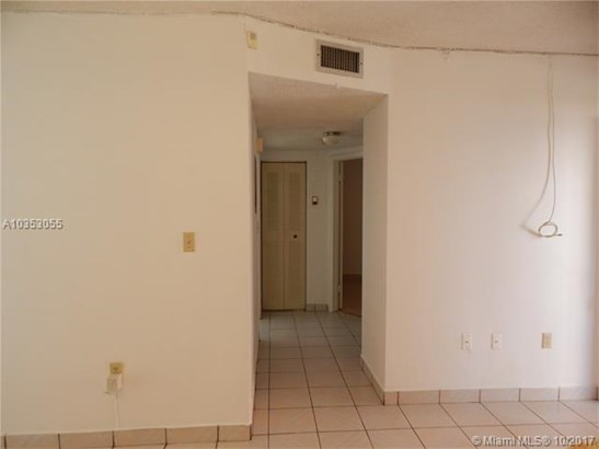5350 W 21st Ct  #102, Hialeah, FL - USA (photo 5)