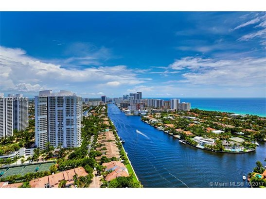 3801 Ne 207 St, Aventura, FL - USA (photo 5)