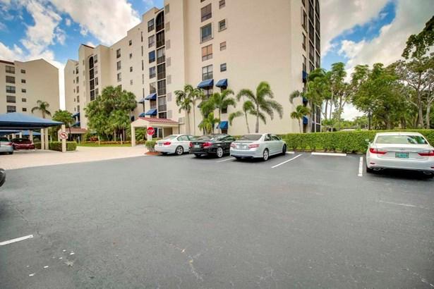 7582 Regency Lake Drive Unit F202, Boca Raton, FL - USA (photo 1)
