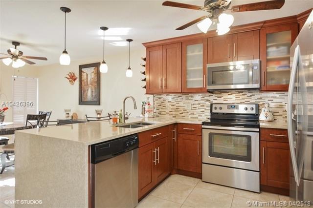 3490 Deer Creek Palladian Cir  #3490, Deerfield Beach, FL - USA (photo 3)