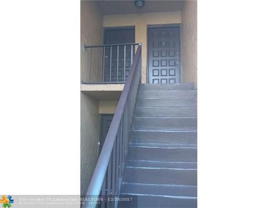 4241 Nw 19th St #158, Lauderhill, FL - USA (photo 1)