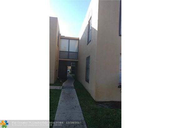 4241 Nw 19th St #158, Lauderhill, FL - USA (photo 2)
