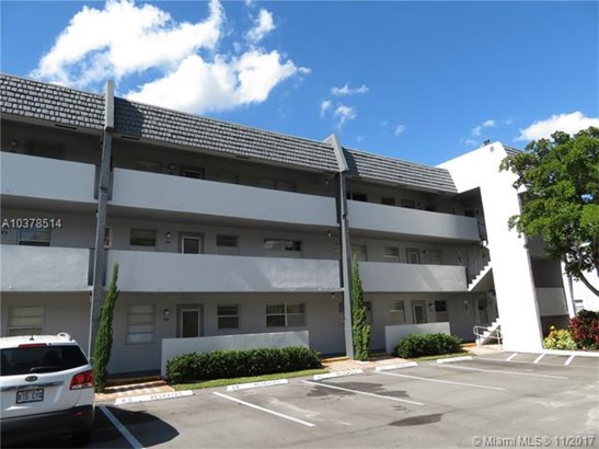 7817 Golf Cir Dr, Margate, FL - USA (photo 1)