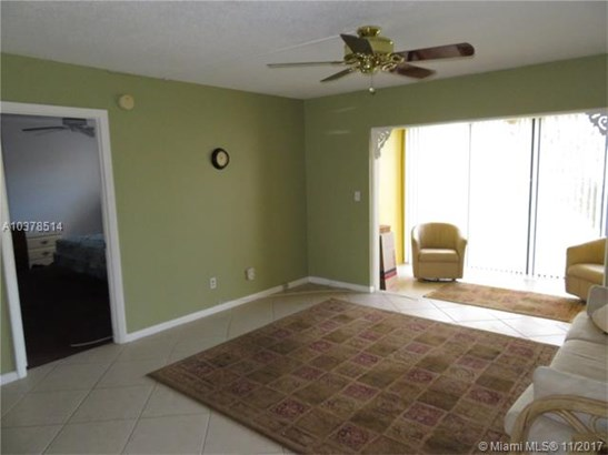 7817 Golf Cir Dr, Margate, FL - USA (photo 5)
