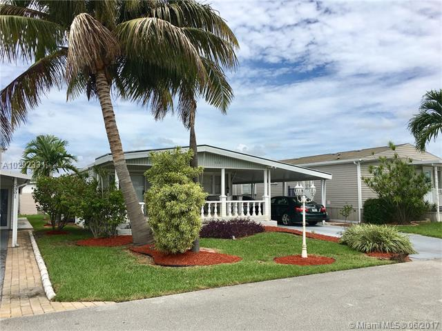 Single-Family Home - Dania Beach, FL (photo 2)