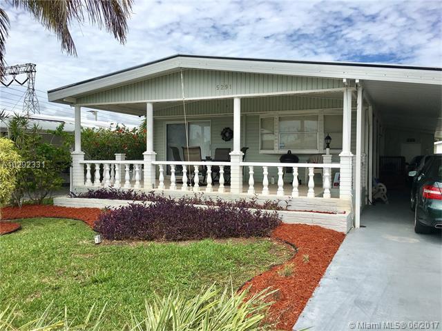 Single-Family Home - Dania Beach, FL (photo 3)