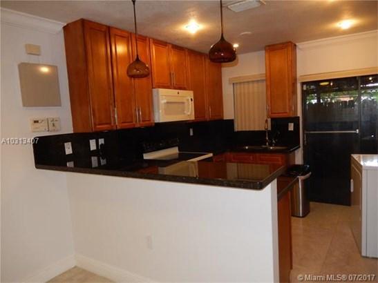 1330 W 46th St, Hialeah, FL - USA (photo 1)