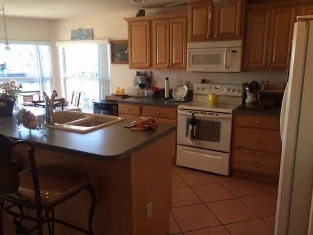 Single-Family Home - Jensen Beach, FL (photo 5)