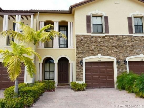 10329 Nw 32 Te  #-, Doral, FL - USA (photo 2)