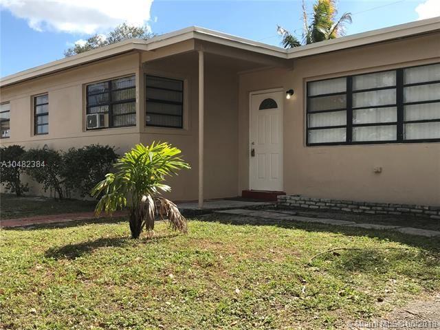 1850 Nw 184th St, Miami Gardens, FL - USA (photo 1)