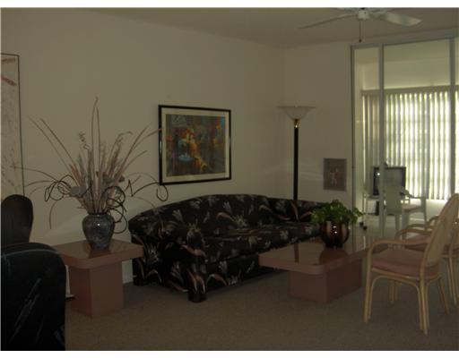 Single-Family Home - Boca Raton, FL (photo 5)