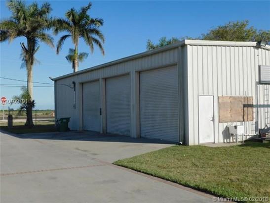 14300 Sw 177th Ave, Miami, FL - USA (photo 2)