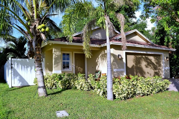 422 Lucky Lane, Delray Beach, FL - USA (photo 1)