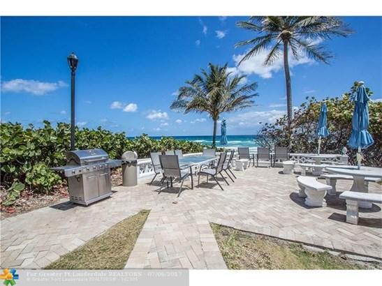 1069 Hillsboro Mile #604, Hillsboro Beach, FL - USA (photo 5)