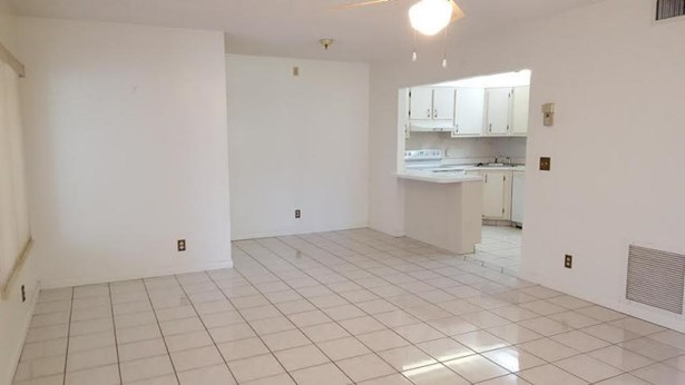 3530 Pine Needle Drive Unit B-1, Greenacres, FL - USA (photo 3)