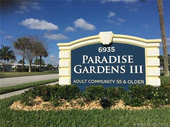 Single-Family Home - Margate, FL (photo 2)