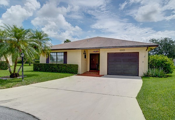 6243 Red Cedar Circle, Greenacres, FL - USA (photo 1)