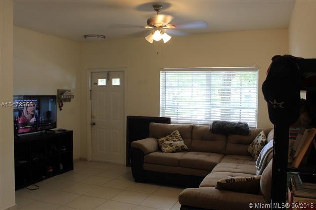 7839 Dixie Beach Cir  #7839, Tamarac, FL - USA (photo 3)