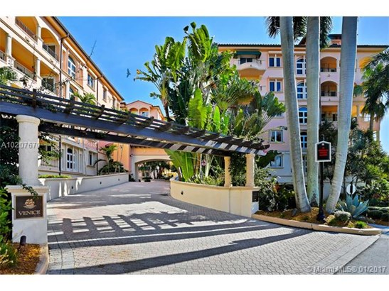 13641 Deering Bay Dr  #147, Coral Gables, FL - USA (photo 2)