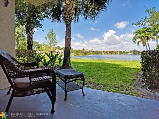 5061 Wiles Rd #104, Coconut Creek, FL - USA (photo 4)