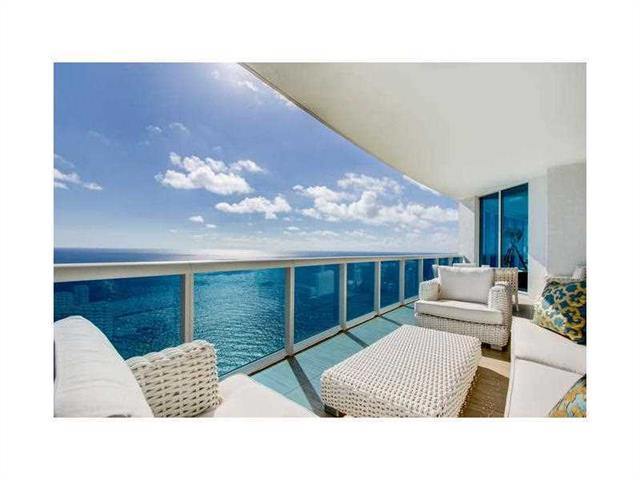 2711 S Ocean Dr  #3402, Hollywood, FL - USA (photo 1)