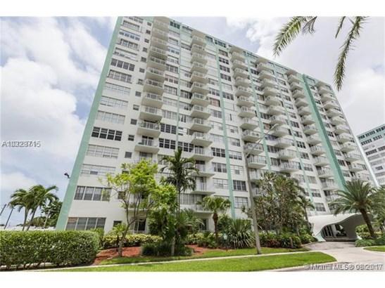 Rental - North Miami, FL (photo 3)