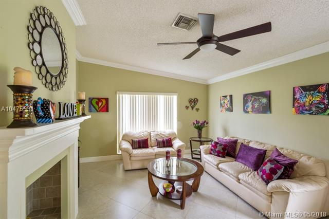 10831 Nw 17th  Pl, Coral Springs, FL - USA (photo 4)