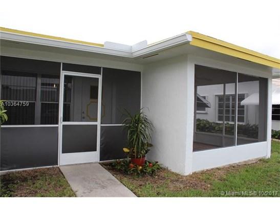 8641 Nw 10th St  #d103, Plantation, FL - USA (photo 2)