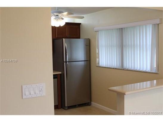 8641 Nw 10th St  #d103, Plantation, FL - USA (photo 4)