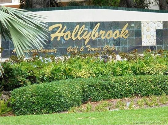 9200 N Hollybrook Lake Dr  #108, Pembroke Pines, FL - USA (photo 1)
