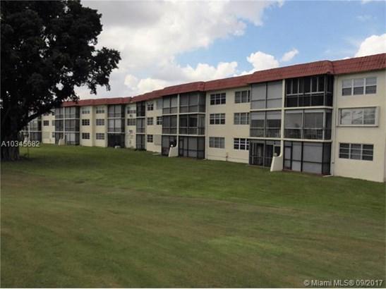 9200 N Hollybrook Lake Dr  #108, Pembroke Pines, FL - USA (photo 2)