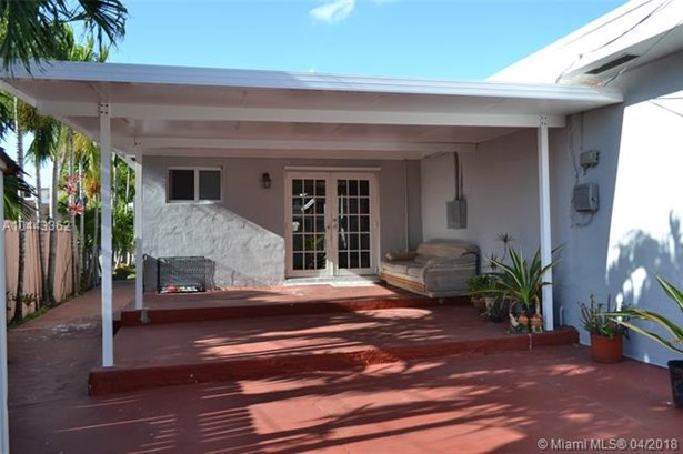 11264 Sw 2nd St, Sweetwater, FL - USA (photo 3)