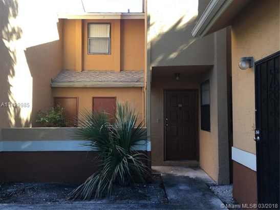 2481 Nw 56th Ave  #5-16, Lauderhill, FL - USA (photo 1)