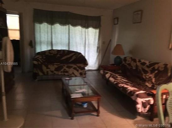 2481 Nw 56th Ave  #5-16, Lauderhill, FL - USA (photo 3)